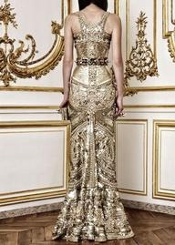 златна бална рокля