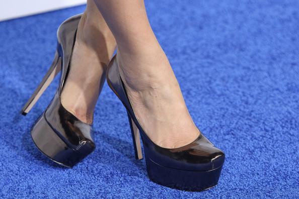 Лачени Черни Бални Обувки с Висок Ток