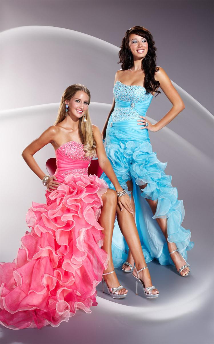 бални рокли с волани
