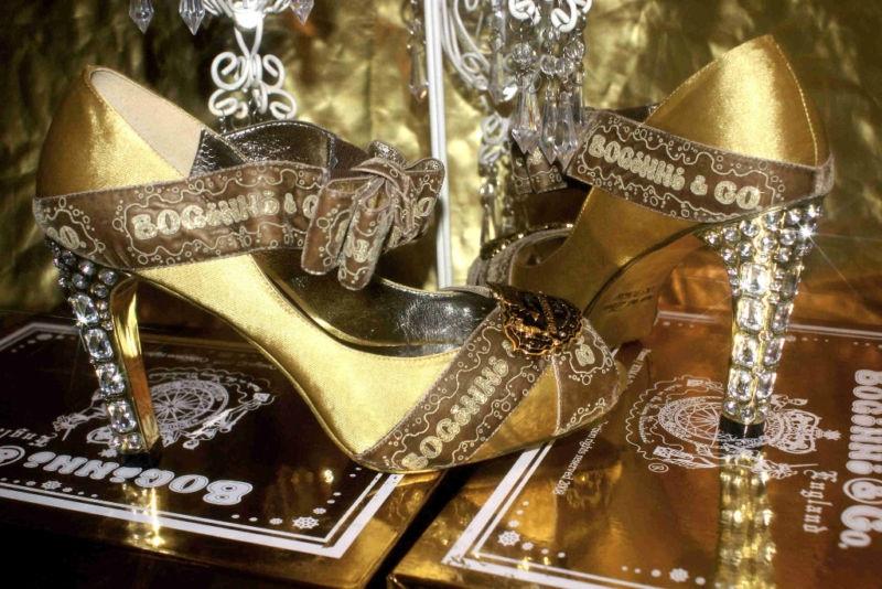 balni obuvki s kristali.3