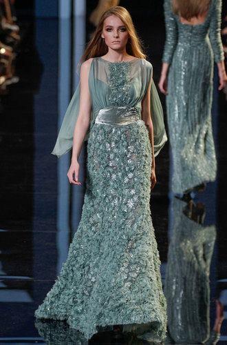 блестяща дълга бална рокля