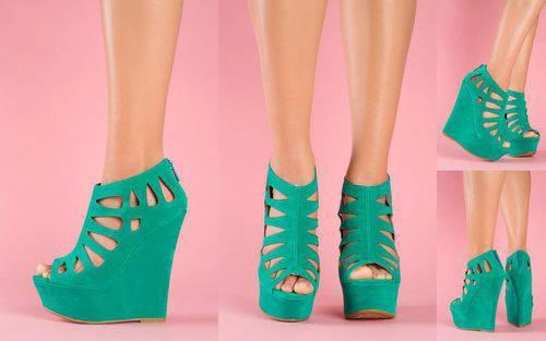 летни обувки в зелено