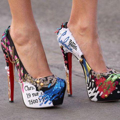 модни обувки принт