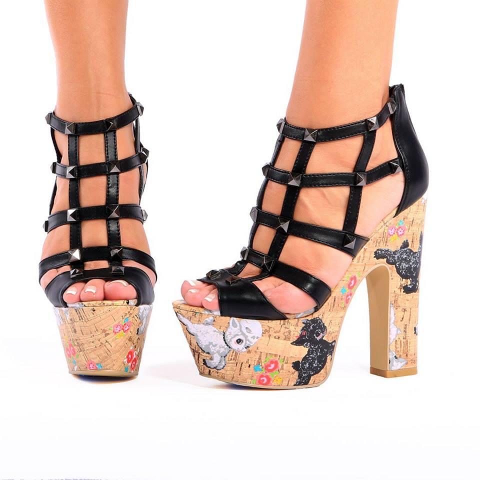черни сандали с платформи