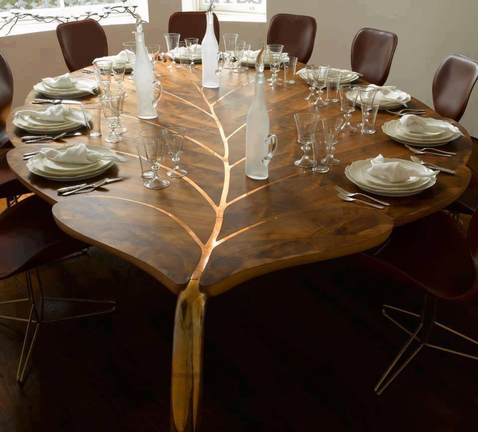 дървена маса оригинална форма