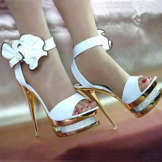 секси бели бални сандали