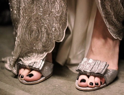 бални сандали в тон с роклята