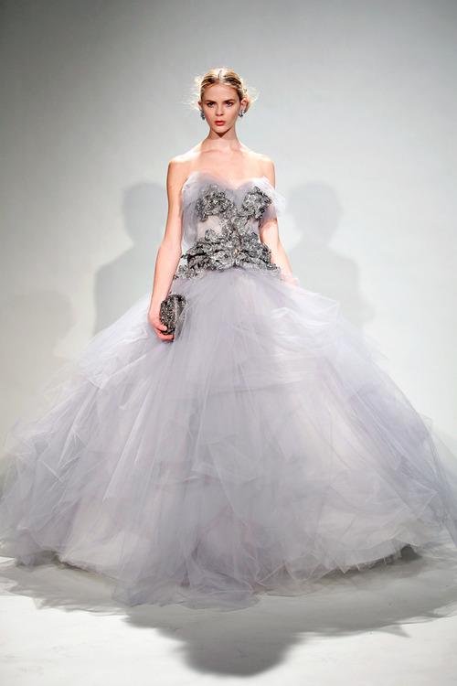 абитуриентска дълга рокля принцеса