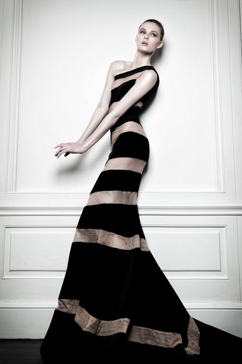 изискана дълга рокля