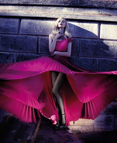 цикламена дълга абитуриентска рокля