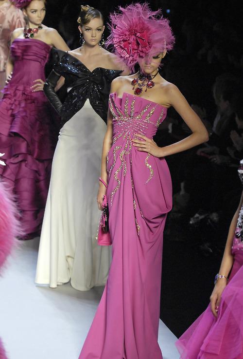 бални рокли дефиле