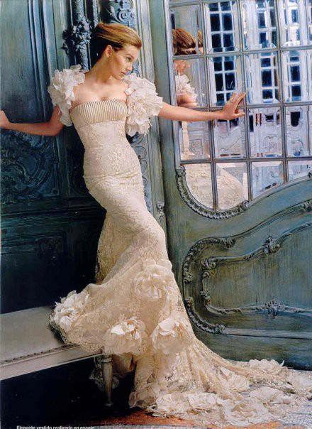 дълга абитуриентска рокля