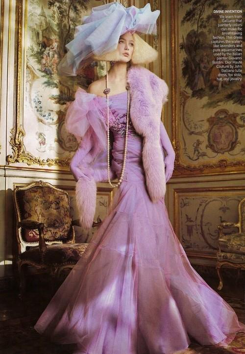 дълга бална лилава рокля