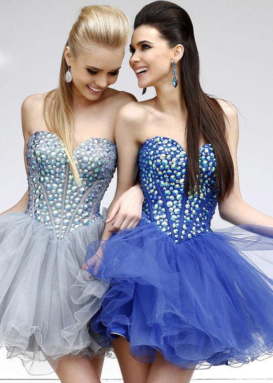 къси бални рокли