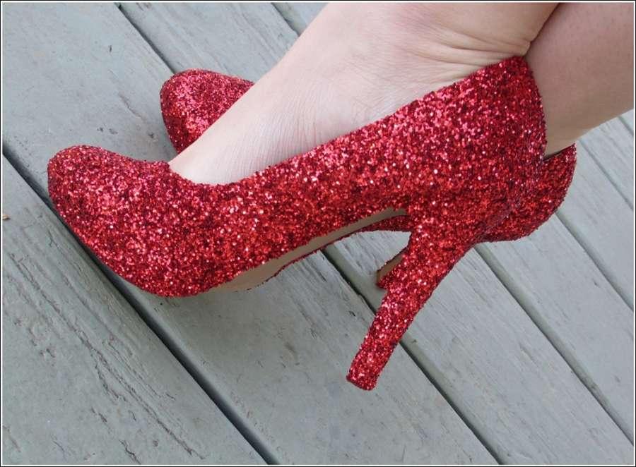 направи си блестящи бални обувки