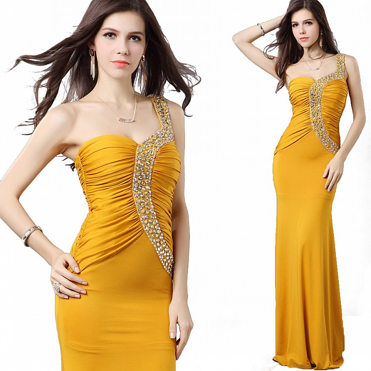 жълта абитуриентска рокля