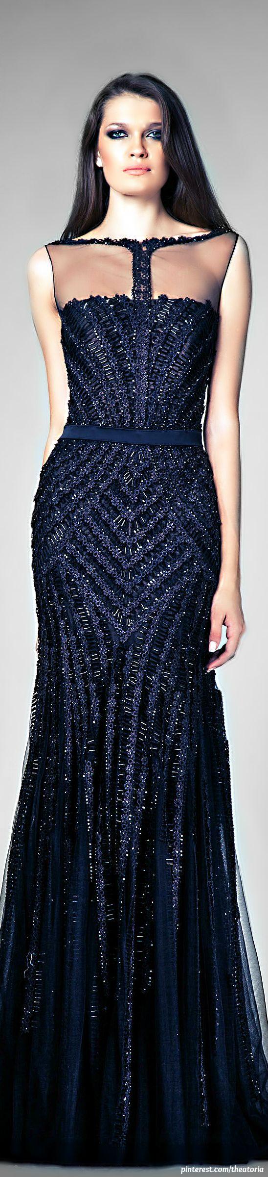 дълга тъмносиня официална рокля