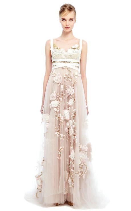 бална рокля бяла дантела