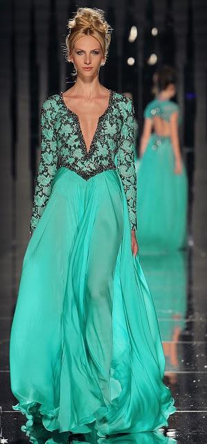 бална синя рокля