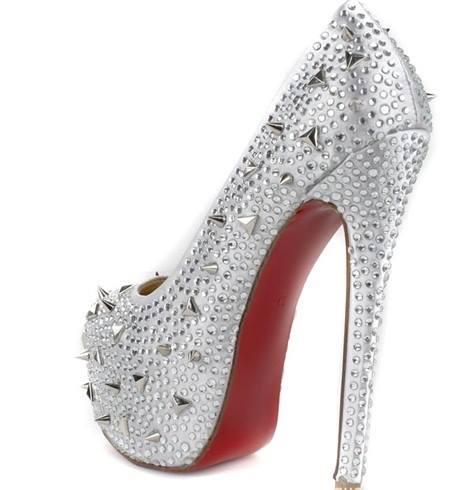 сребристи бални обувки