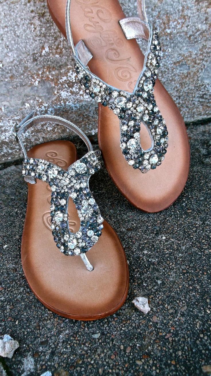 сандали с камъни