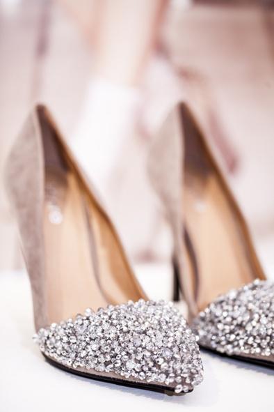 блестящи обувки за бал