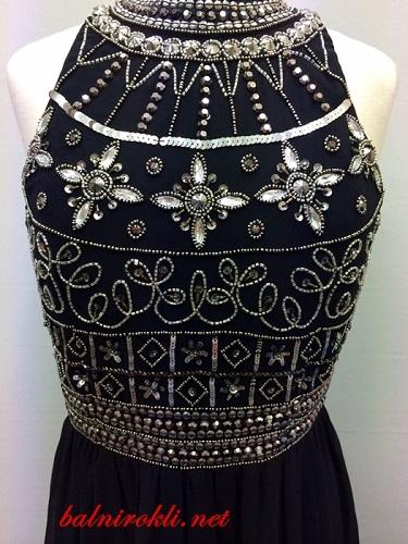 черна дълга официална рокля декорирано бюстие