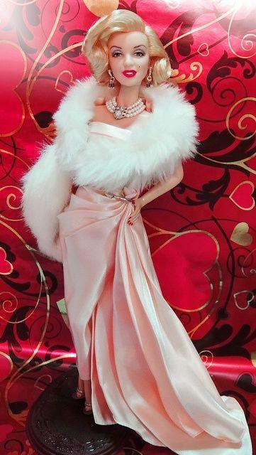 бална рокля в розово