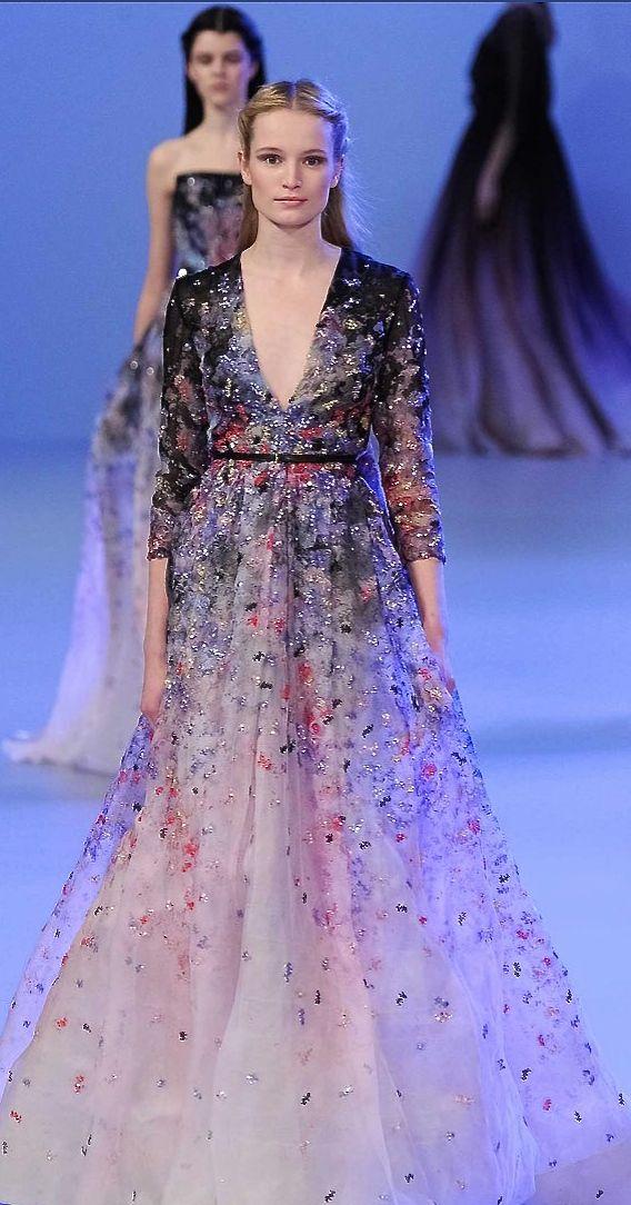 феерична дълга официална рокля