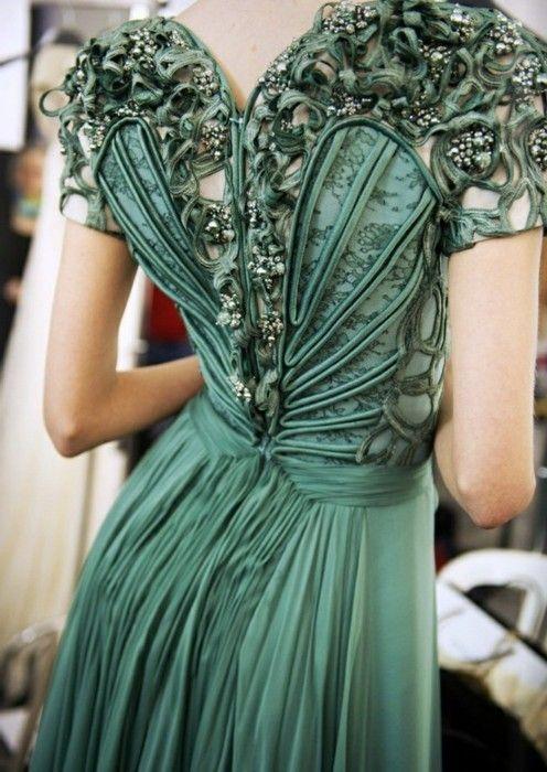 зелена дълга рокля с бюстие