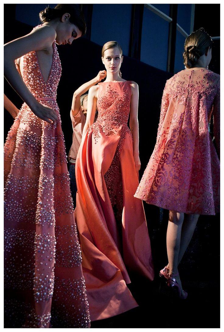 официални рокли цвят корал