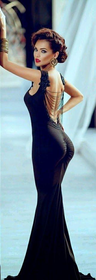 секси черна рокля