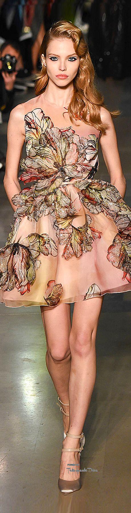 абитуриентски-дизайнерски-рокли-2015-75