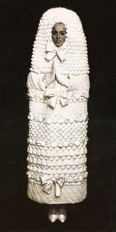 най-грозните-сватбени-булчински-рокли5