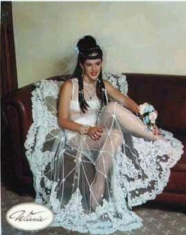 най-грозните-сватбени-булчински-рокли6