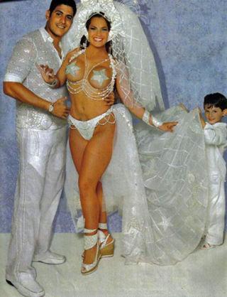 най-грозните-сватбени-булчински-рокли7