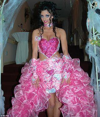 най-грозните-сватбени-булчински-рокли9