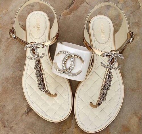 луксозни сандали