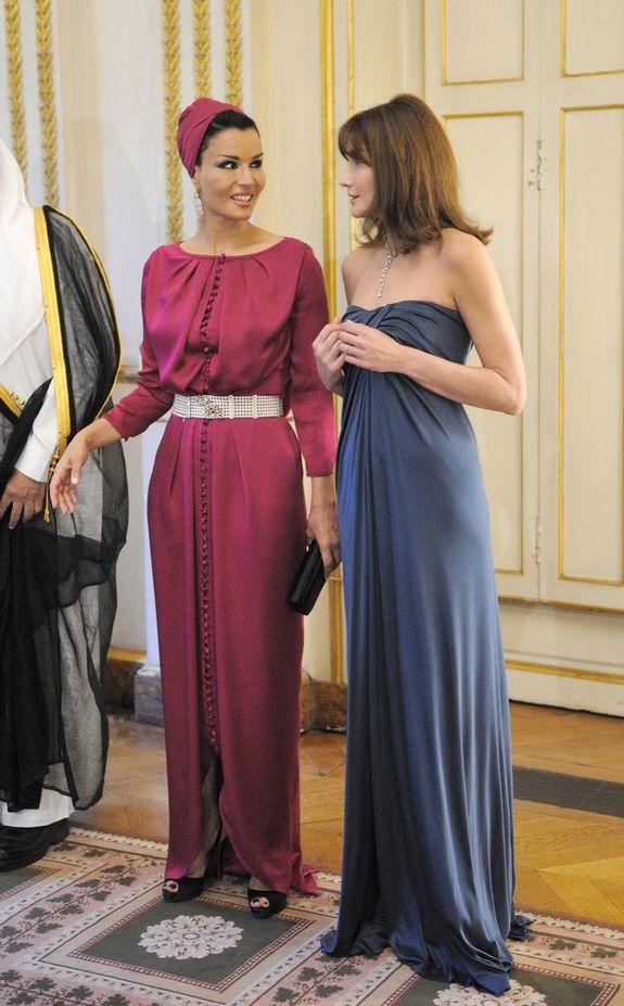 с Карла Бруни-Саркози