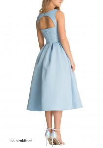 светлосиня официална рокля средна дължина