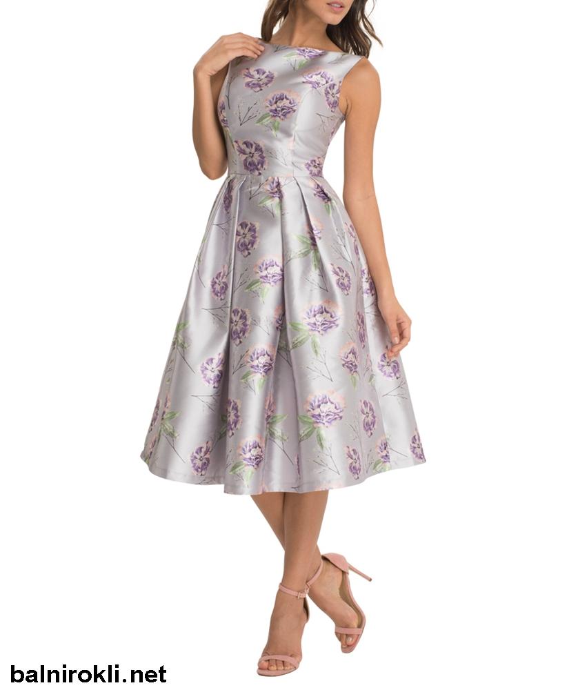 абитуриентска рокля флорални мотиви средна дължина