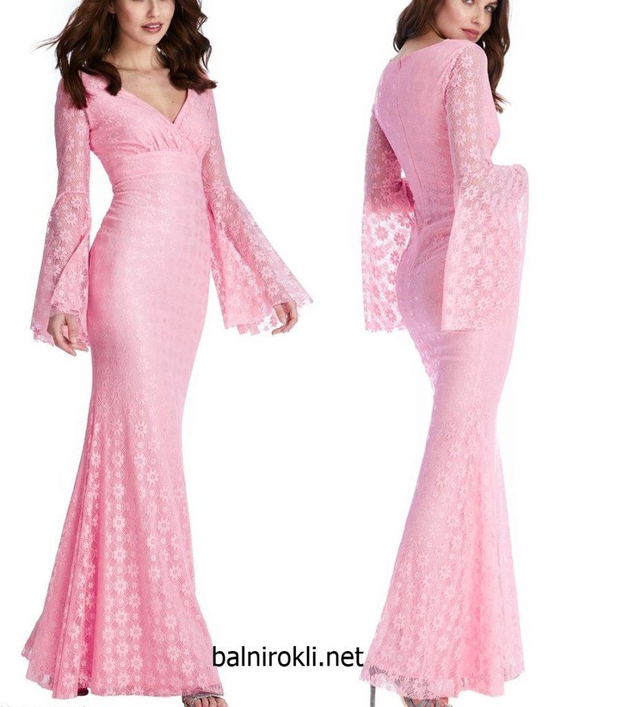 розова дълга дантелена рокля