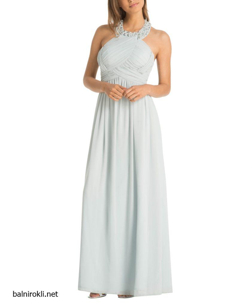 дълга светлосиня вечерна рокля с перли
