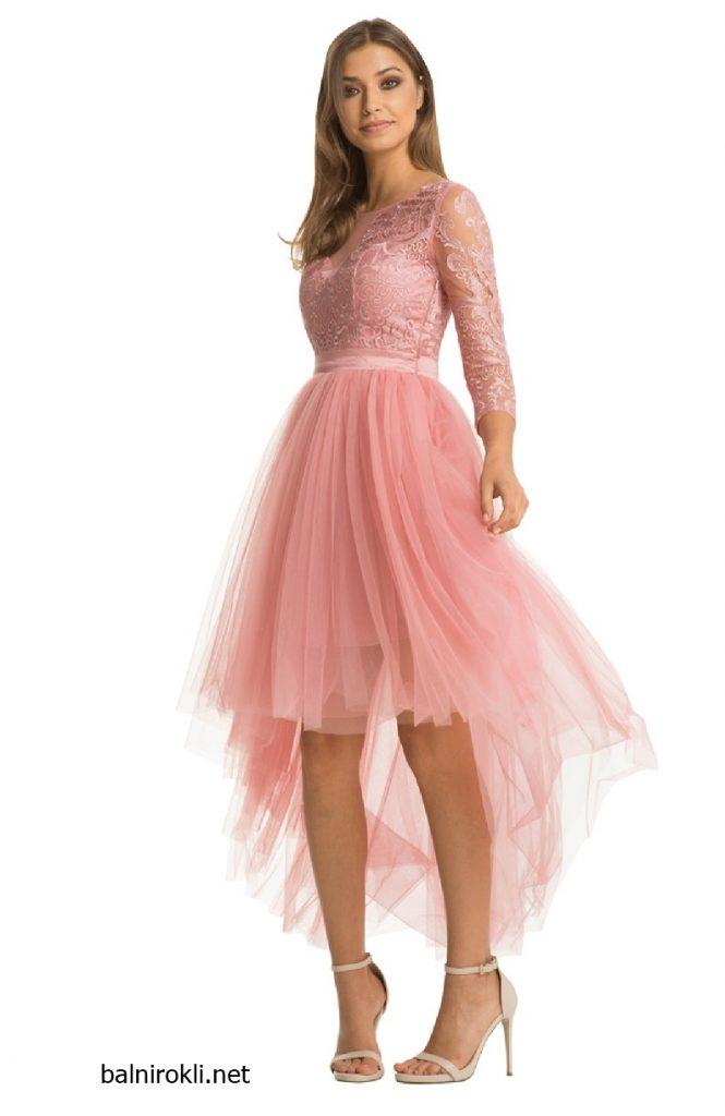 розова асиметрична рокля тюл и дантела