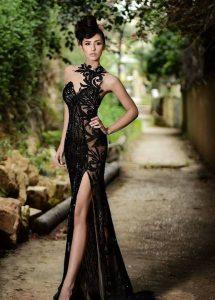 черна дълга бална рокля цепка