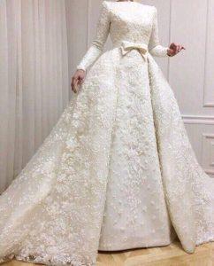 Абитуриенска бяла рокля