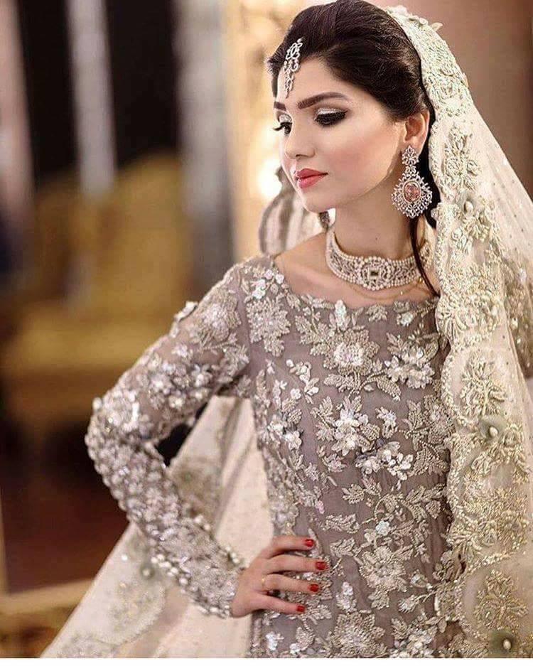 индийски стил в модата-бижута и визия-balnirokli.com-2017-26