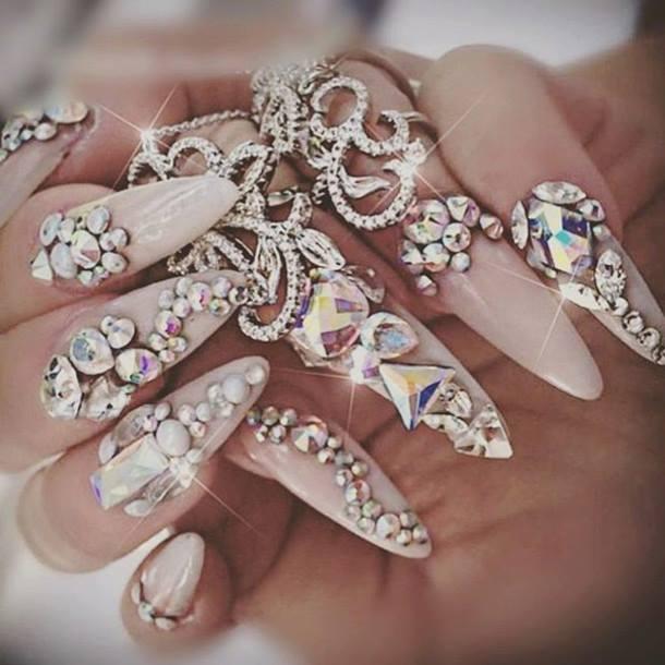 маникюр с диаманти кристали-balnirokli.com-2017-05-02
