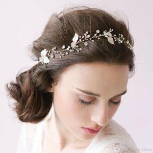 красива сватбена прическа за булка