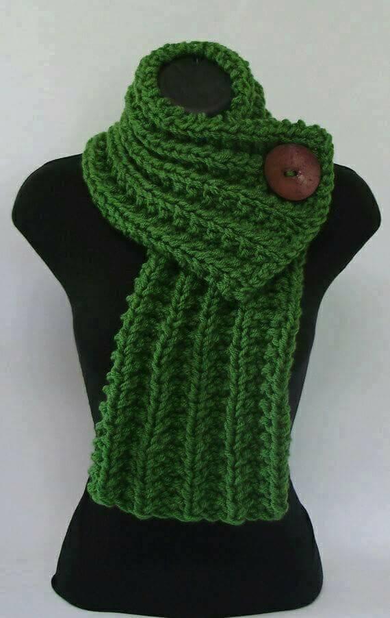 плетен зелен шал